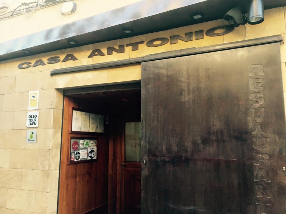 Más imágenes de nuestra visita a Restaurante Casa Antonio AQUÍ.